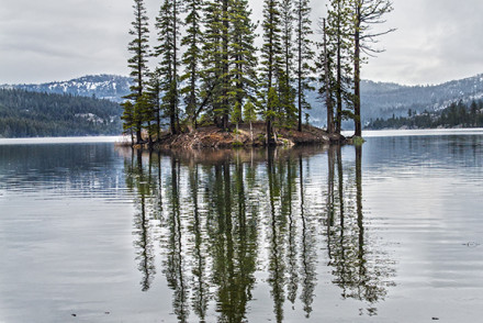 silver-lake-amador-reflection-stephaniefarrell2015-california-nature-photographer