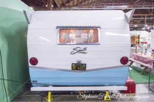 classic-vintage-travel-trailer--shasta-chevrolet-bel-air-station-wagon-2016-IMG_7279